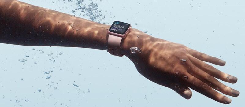 comment l 39 apple watch s 39 am liore en natation distances et calories. Black Bedroom Furniture Sets. Home Design Ideas